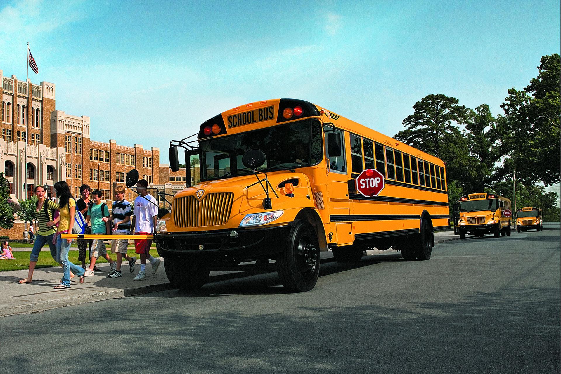 Large school bus transit flooring